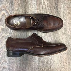 The Florsheim Shoe Men's Brown Leather Oxfords